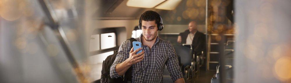 mobile phones5.jpg