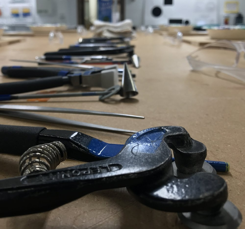 Tools We Use - Each class includes an introduction you to tools you'll use in our classes. Some glass we cut, some we break and some we use as is. Our instructors are on hand to provide any one-on-one instruction you need.