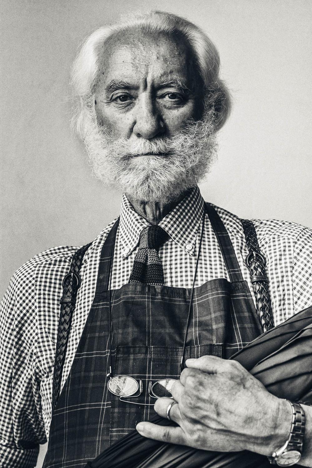 Francesco Maglia . Fabbrica Ombrelli Milano