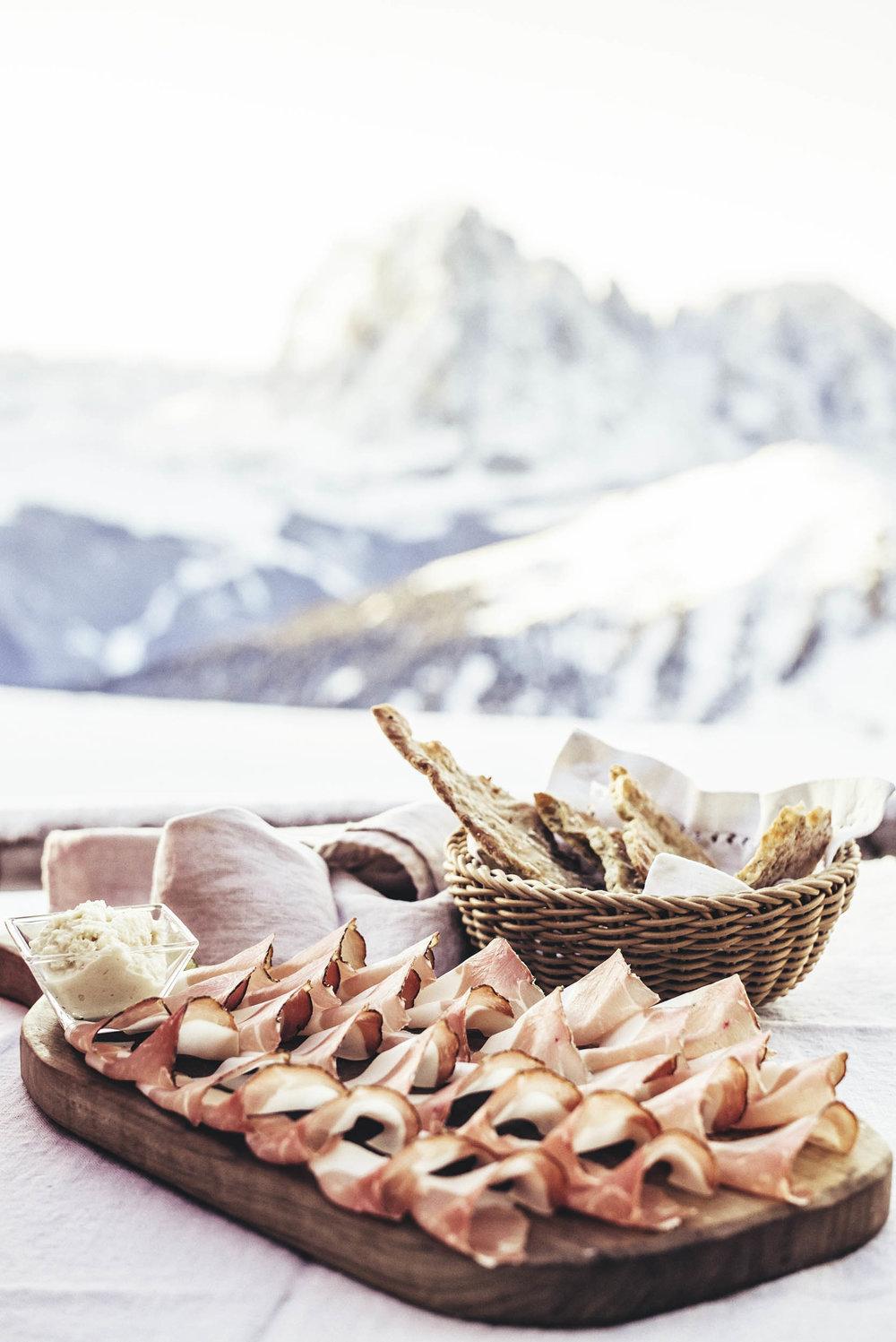 seifertuebler-lifestyle-suedtirol-winter-tourism-ski-dolomites02.jpg