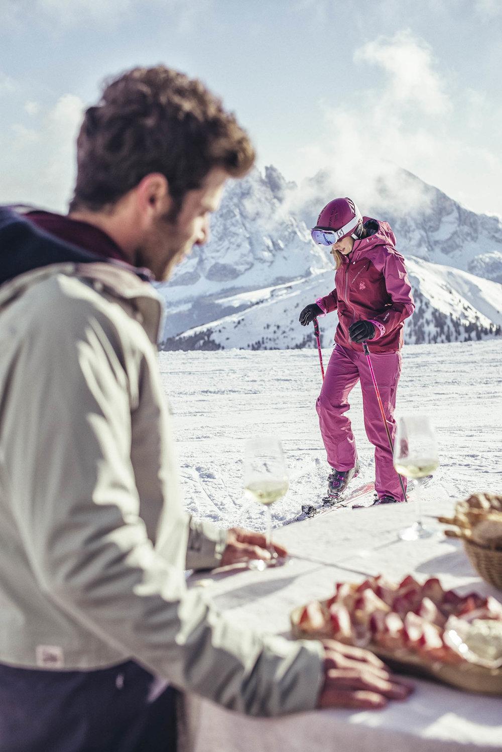 seifertuebler-lifestyle-suedtirol-winter-tourism-ski-dolomites05.jpg