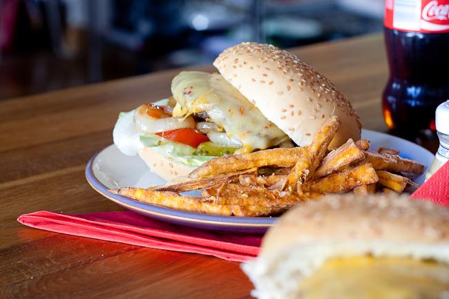 herbed burger-2115.jpg