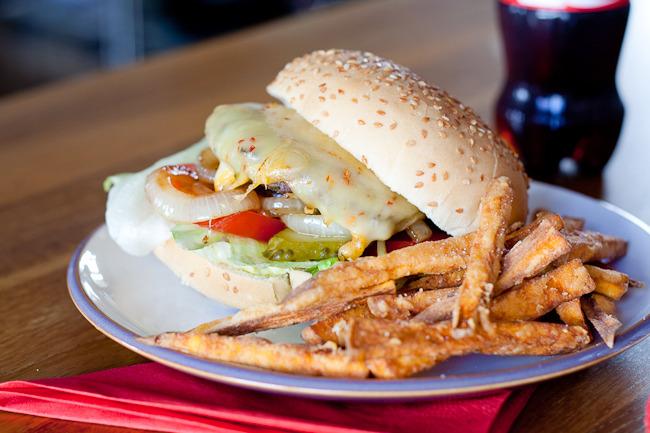 herbed burger-2117.jpg