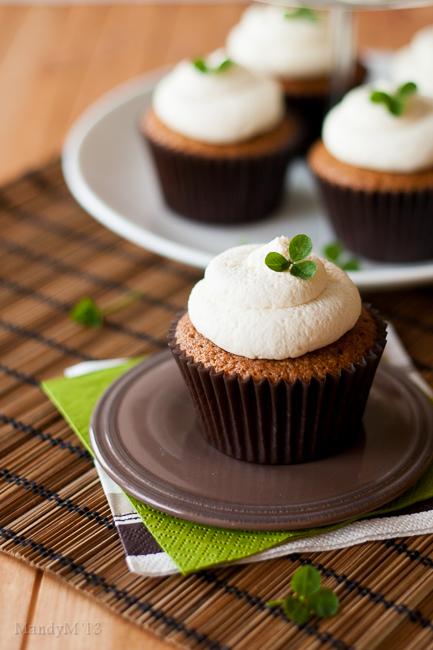 Irish Coffee Cupcakes — What the Fruitcake?!