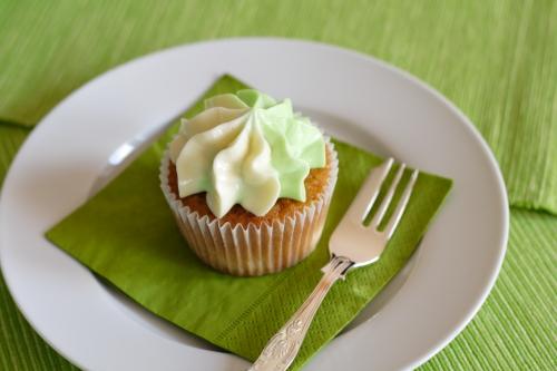 IMG_1125_apple cupcake.JPG