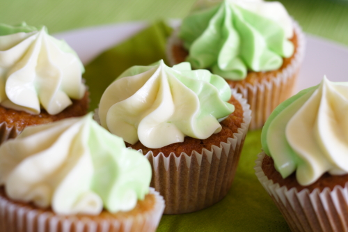 IMG_1126_apple cupcake.JPG