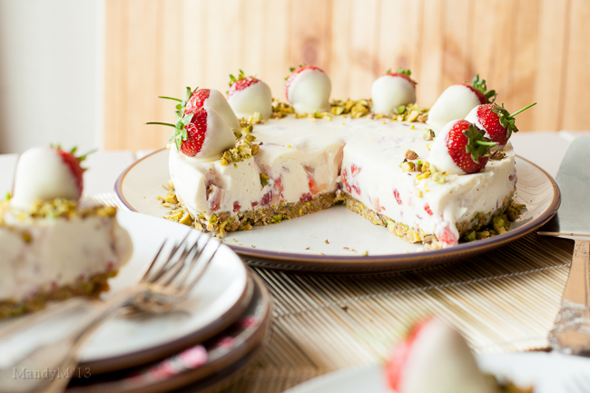 Strawb White Choc Cheesecake-9349.jpg