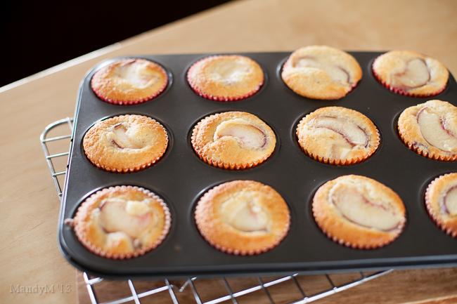 Peach Cupcakes-9559.jpg