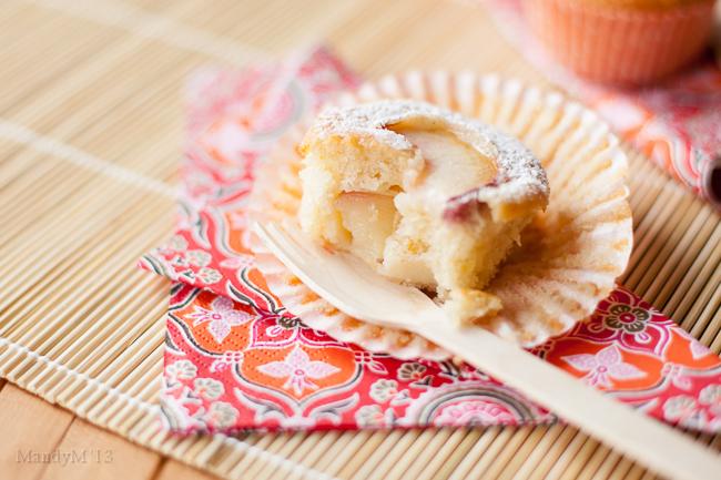 Peach Cupcakes-9614.jpg