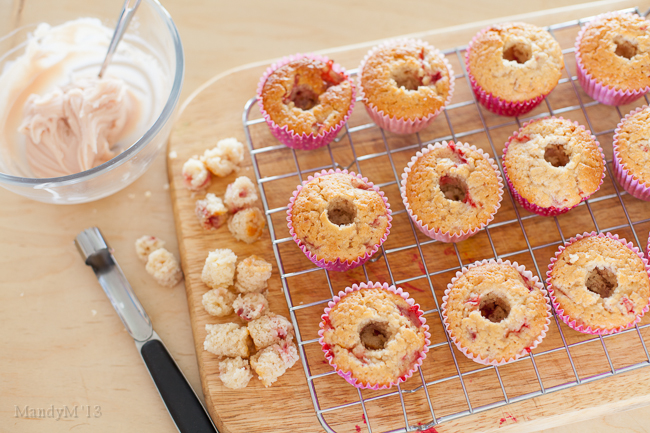 Strawberry Cupcakes-8955.jpg