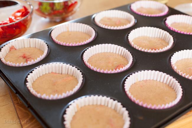 Strawberry Cupcakes-8912.jpg