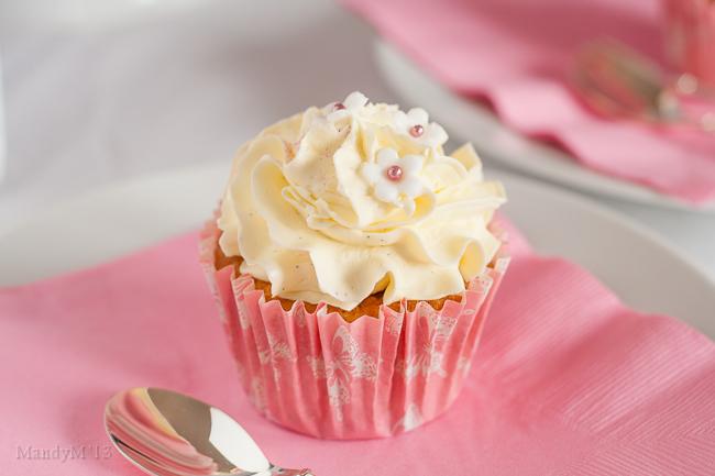 Vanilla Cupcakes-4250.jpg