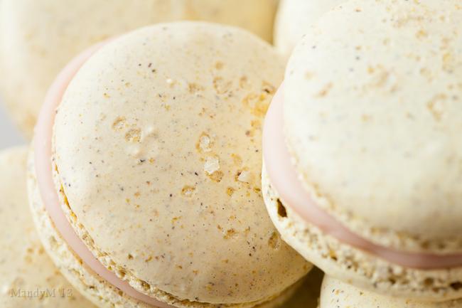 Pistachio Strawb Macaron-0319.jpg