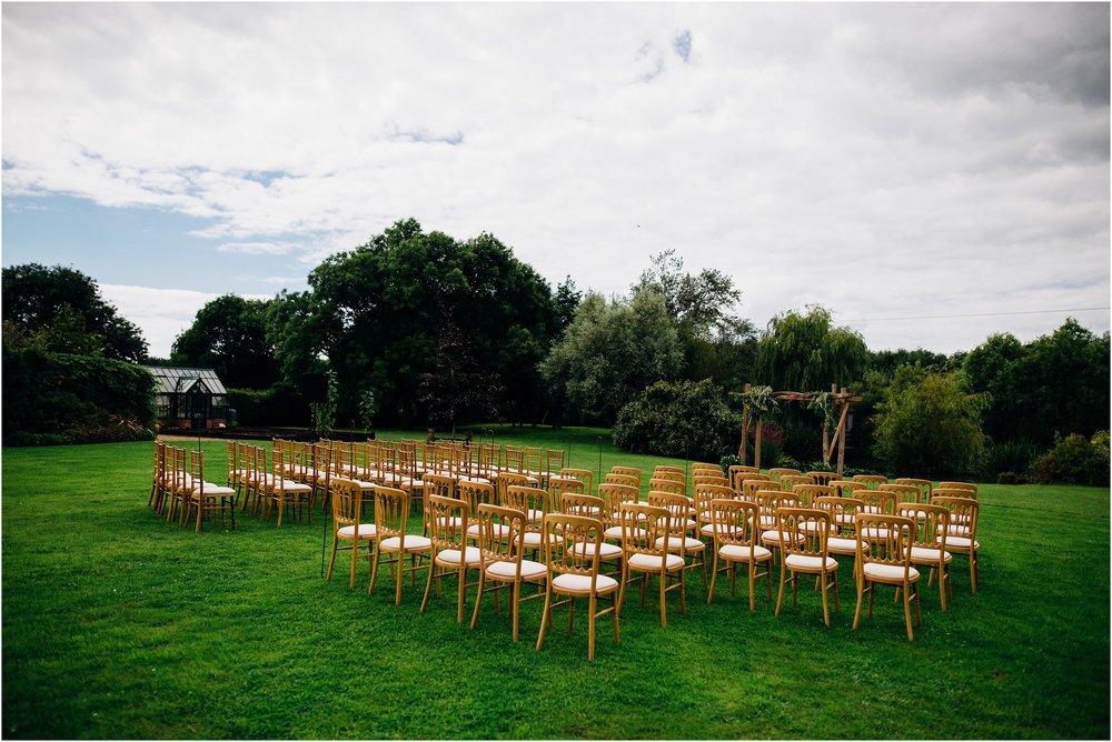 alternative outdoor garden wedding_0018.jpg