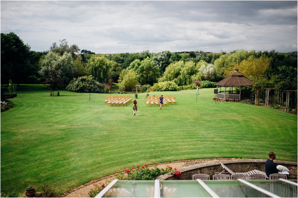 alternative outdoor garden wedding_0026.jpg