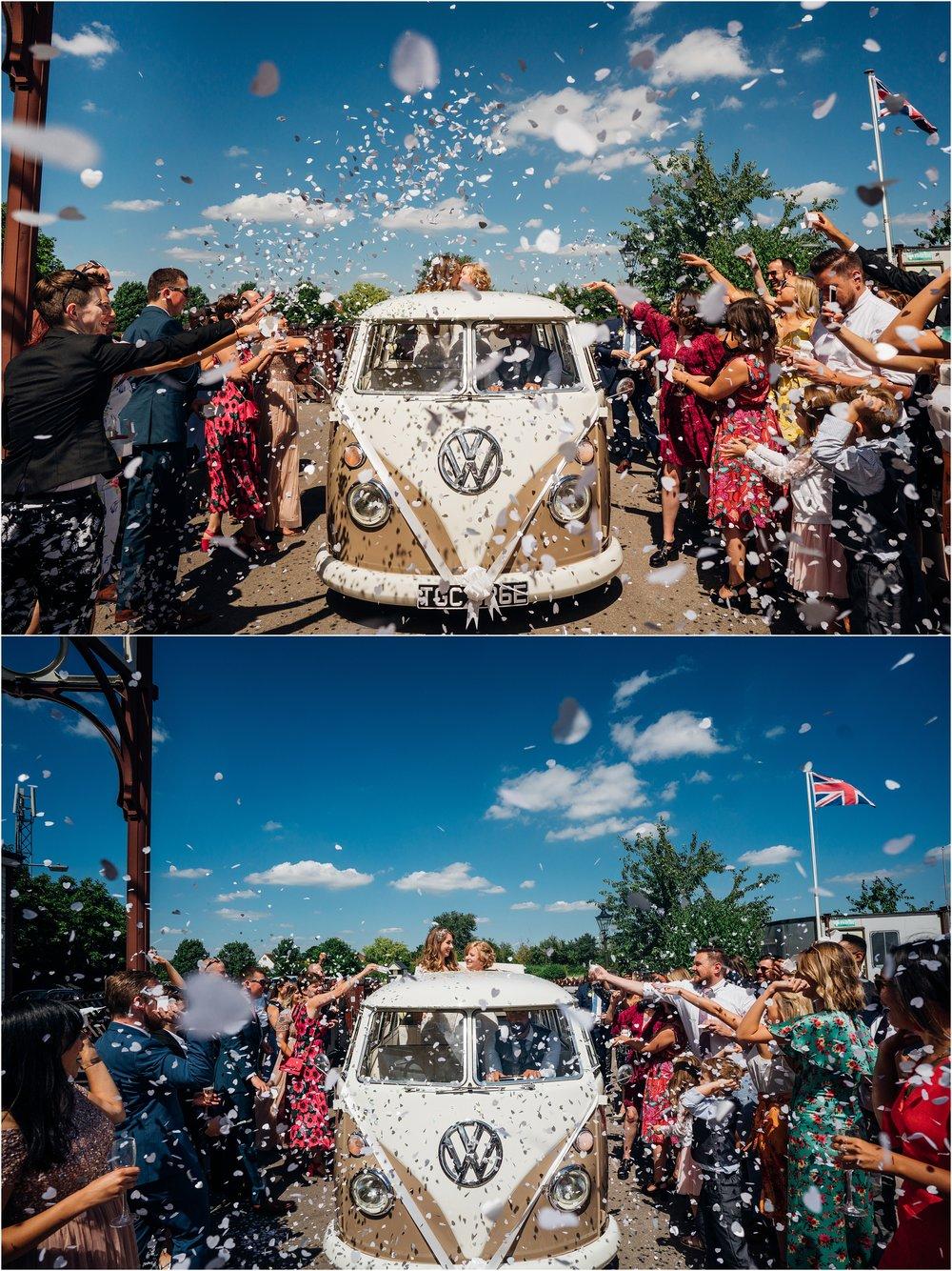 BUCKINGHAMSHIRE RAILEWAY CENTRE WEDDING_0032.jpg