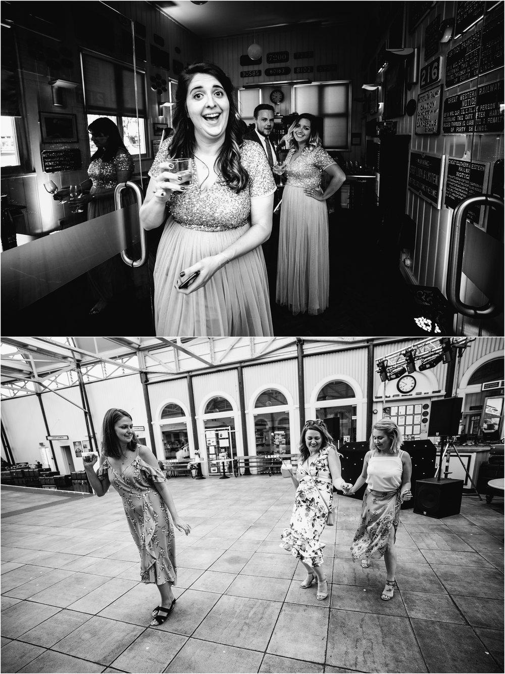 BUCKINGHAMSHIRE RAILEWAY CENTRE WEDDING_0068.jpg