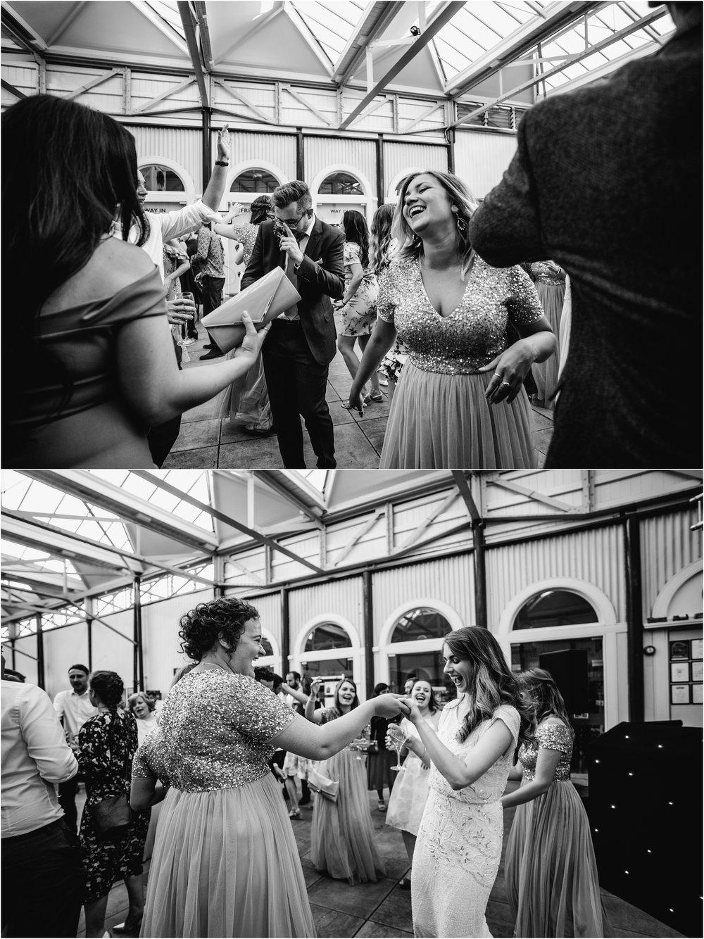 BUCKINGHAMSHIRE RAILEWAY CENTRE WEDDING_0077.jpg
