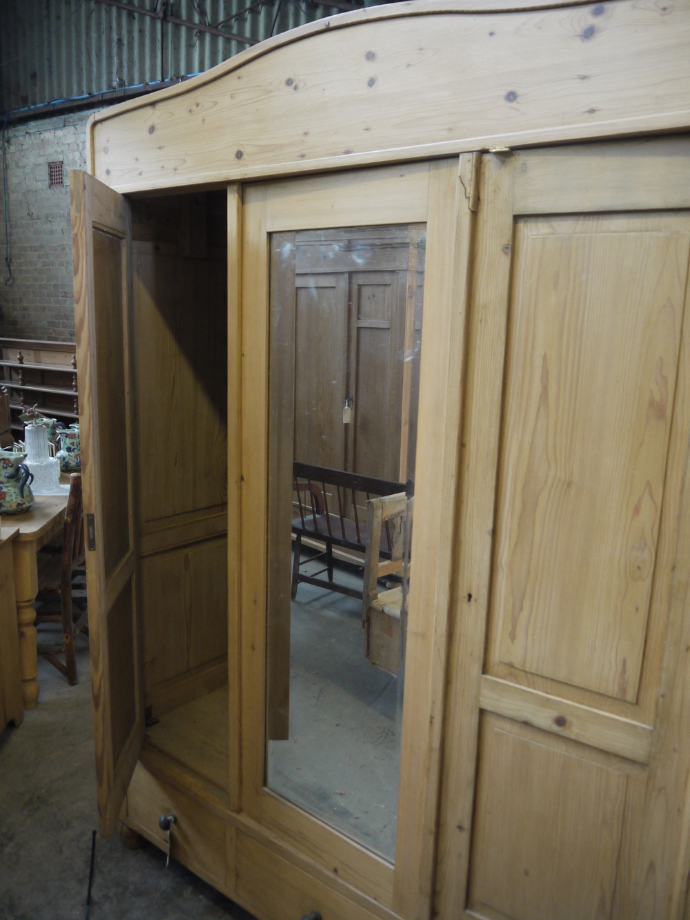 5 01 - 1900 Pine wardrobe with mirror