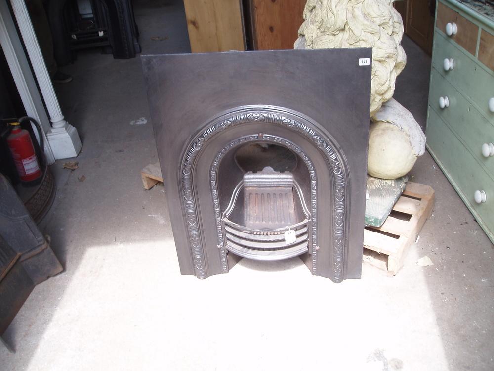 10 05 - Cast Iron Arch