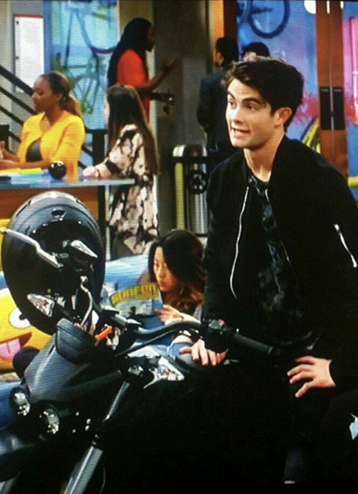 Garrett Westton - Just appeared on Disney's Bizaardvark episode Chocolate BananasAgency: AEFHManager: Gel EntertainmentIMDB