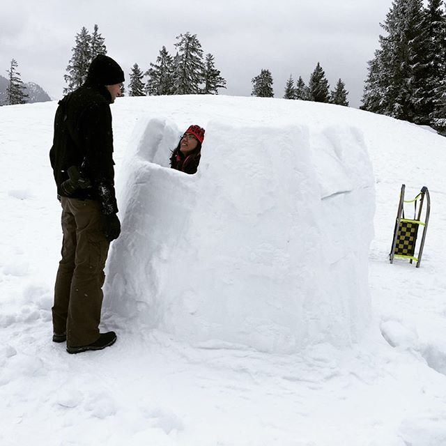 Negotiating whether or not I can squeeze inside the #igloo . #icyadventures #advenjerice #WinterFun #WinterNoys #alps