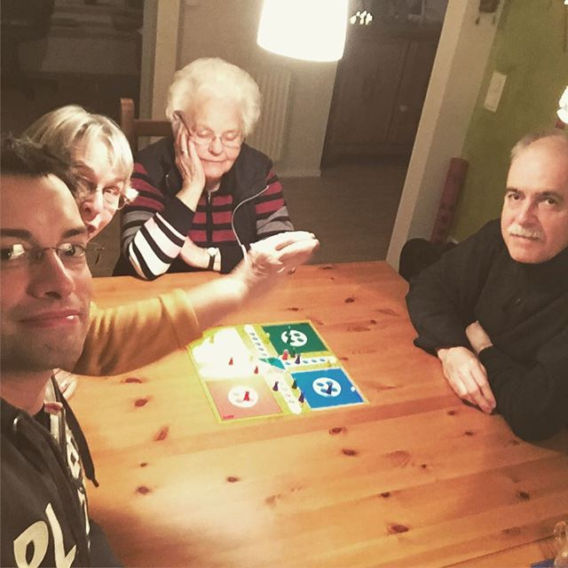 Treasuring the moments. Board game night with my grandma and parents. It's amazing how much fun such a classic can be. . #Ludo #MenschÄrgereDichNicht #Brettspiele #Klassiker