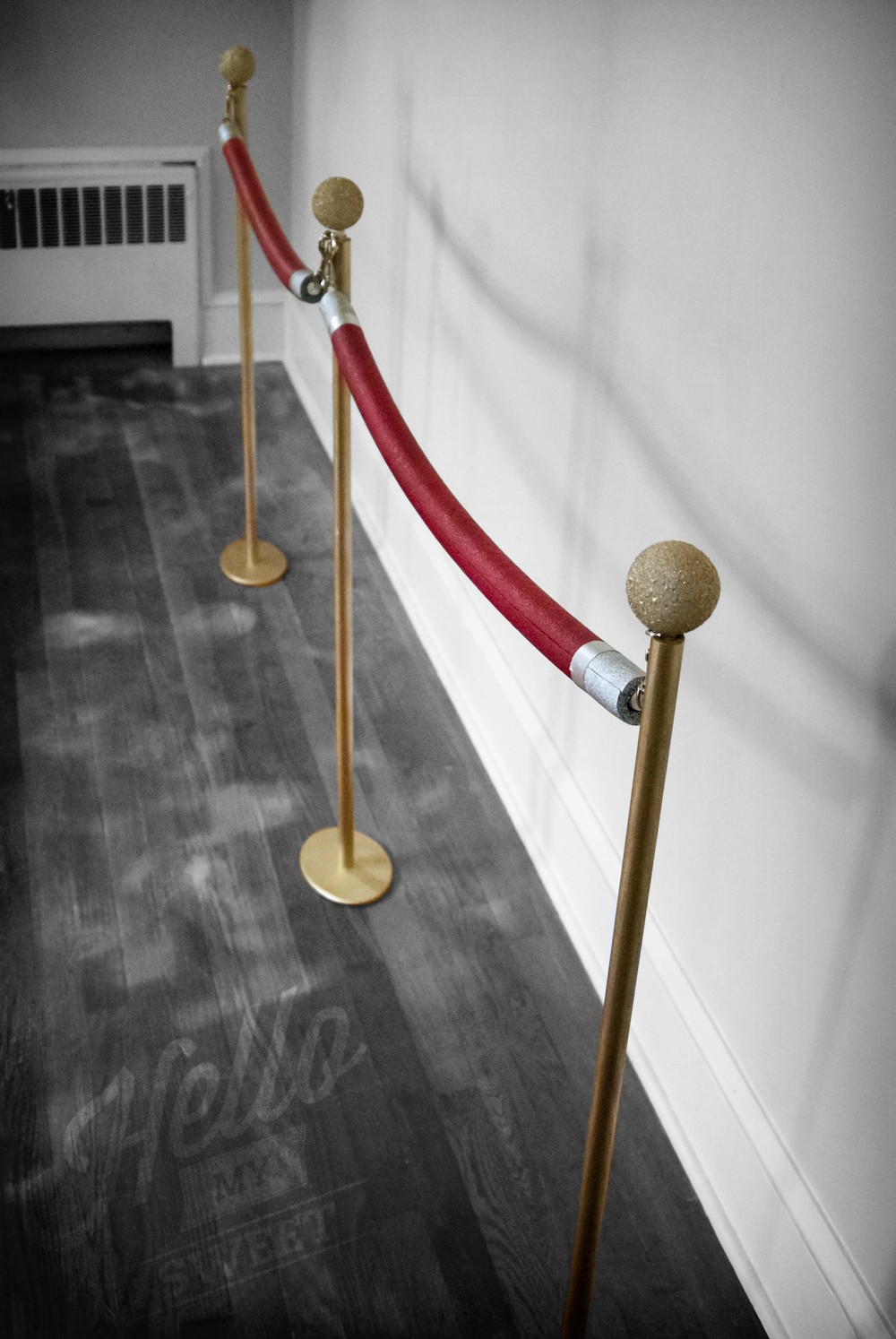 Diy Red Rope Stanchions Hello My Sweet