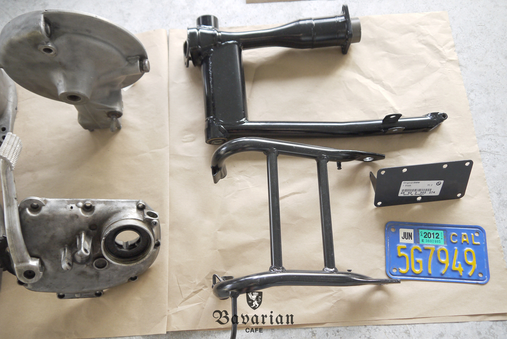 bavarian-cafe-1973-R75S-06-swingarm.jpg