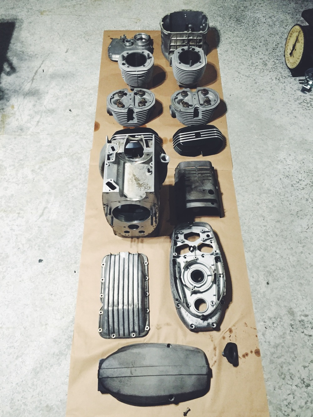 The CA Tuned R100 motor and gearbox are finally gutted out. I've already received a quote from a powder-coating company that specializes in coating motors. A lot of prep work will be handled by these guys. I look forward to see how these will come back.