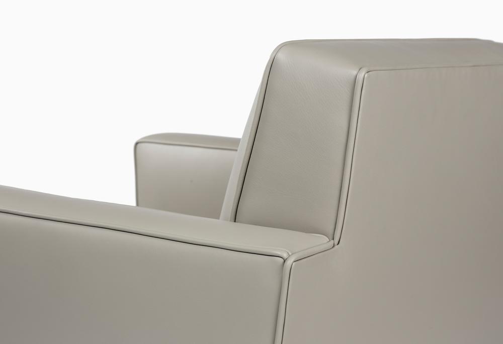 CMS Laureate Club Chair (9).jpg