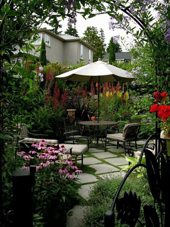Specialty Gardens — Blue Ridge EcoSystems Inc.