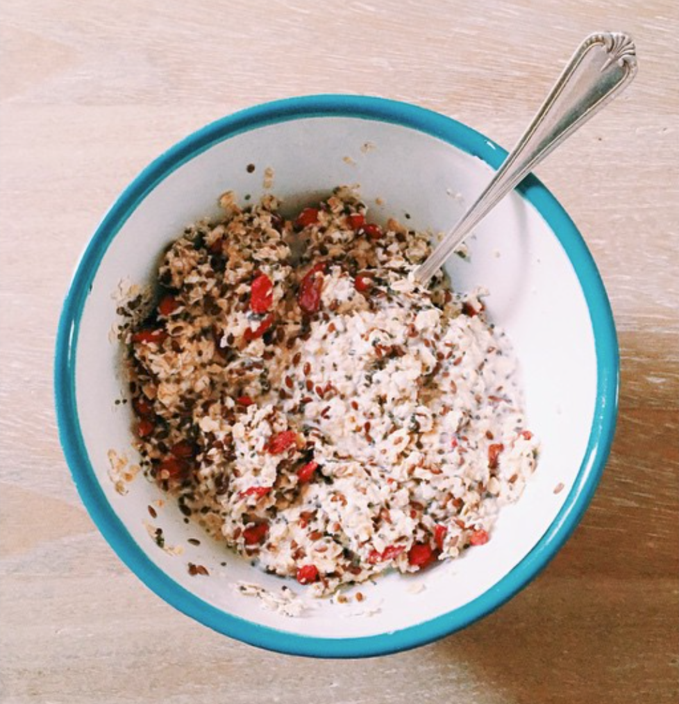 I follow @cleaneatingkate on instagram for healthy breakfast ideas. This image is from her page.