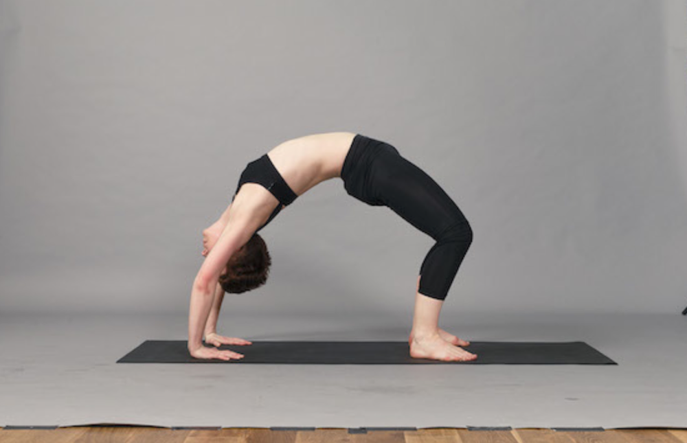 If you're in London check out  Frame  in Shoreditch and Queens Parkfor their fantastic early morning timetable including Rise and Shine Yoga! This image is from their blog.