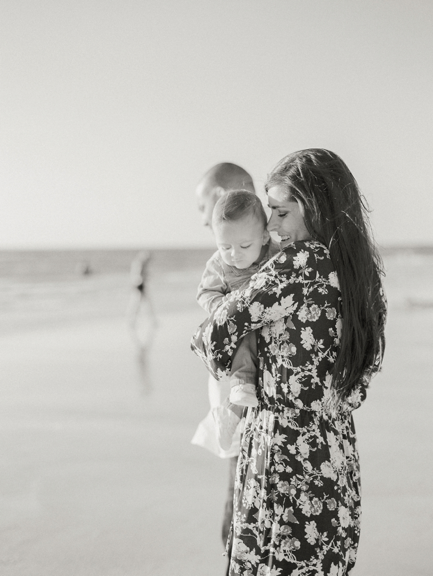 film family session-fine art photographer-clearwater beach-florida-fine-art-photography-light-airy-motherhood-black-white-bw-black and white-
