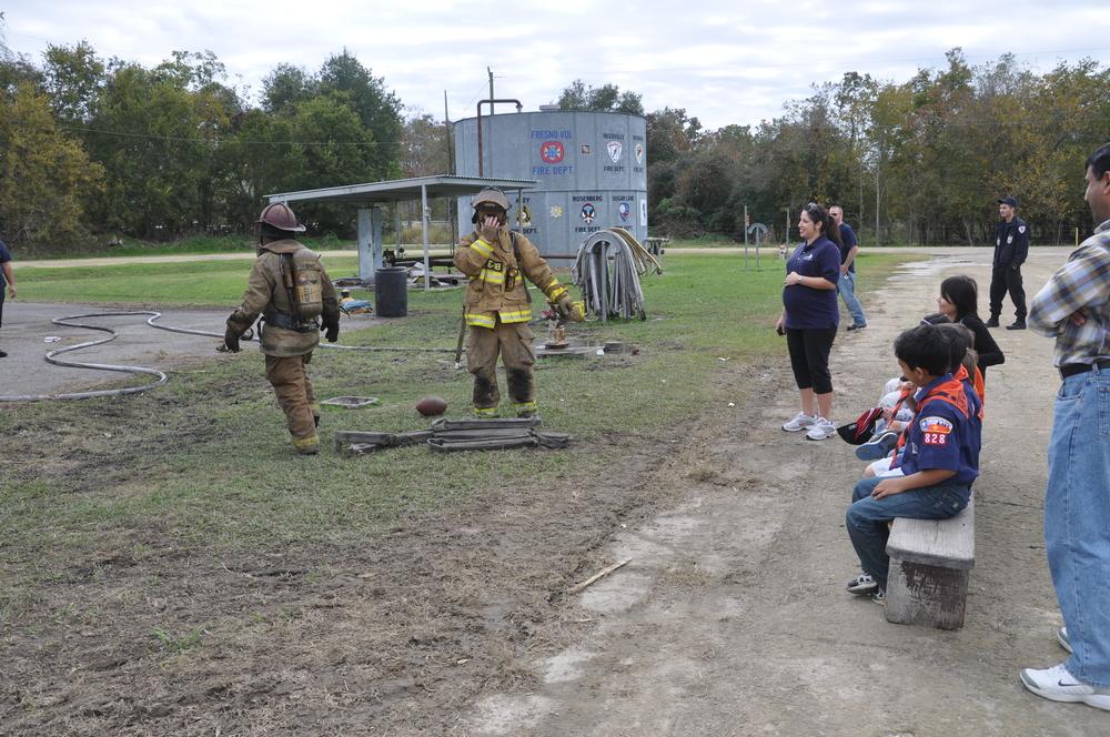 Fire Academy Visit 2009-11-28 006.JPG