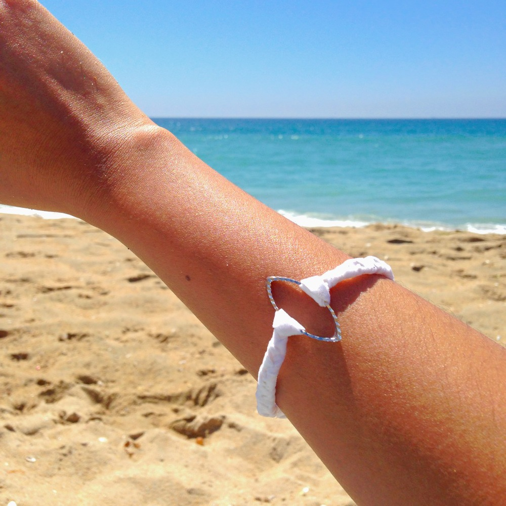 SURFBOARD OUTLINE BRACELET