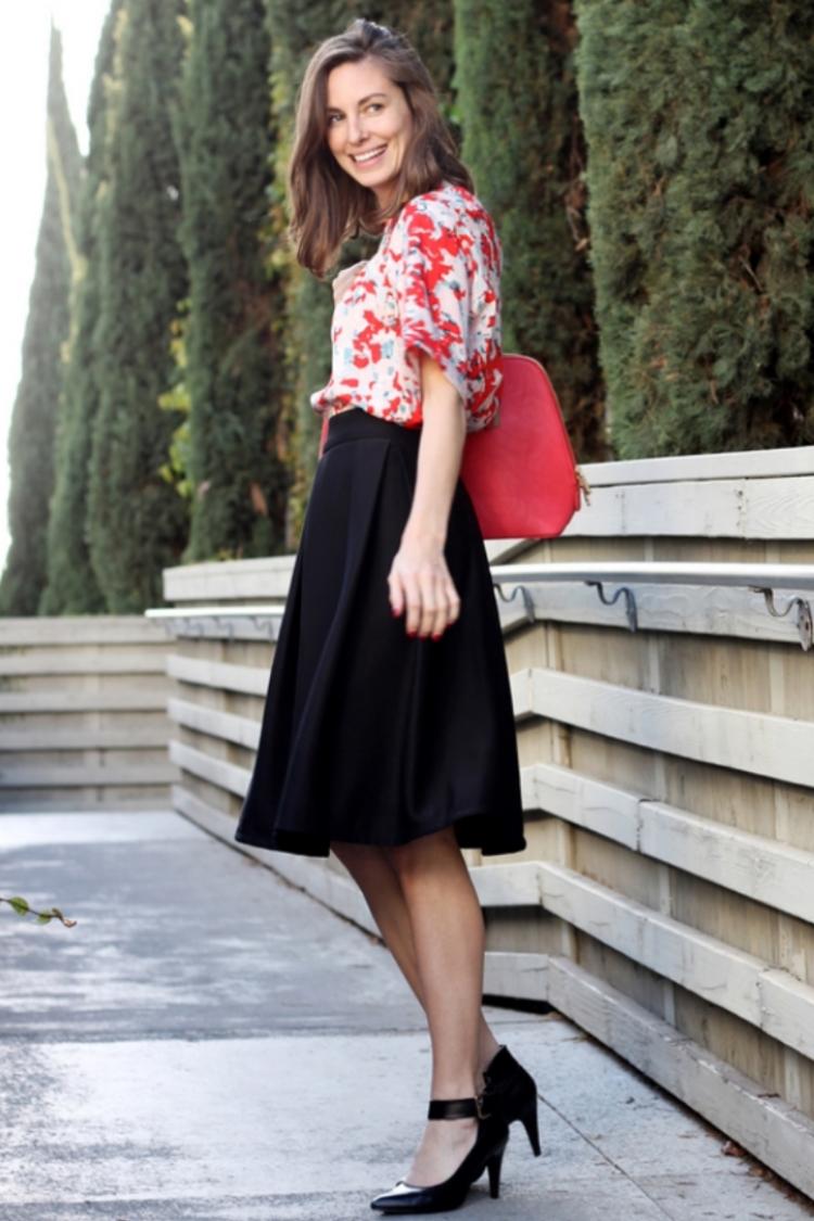 spring skirt.jpg