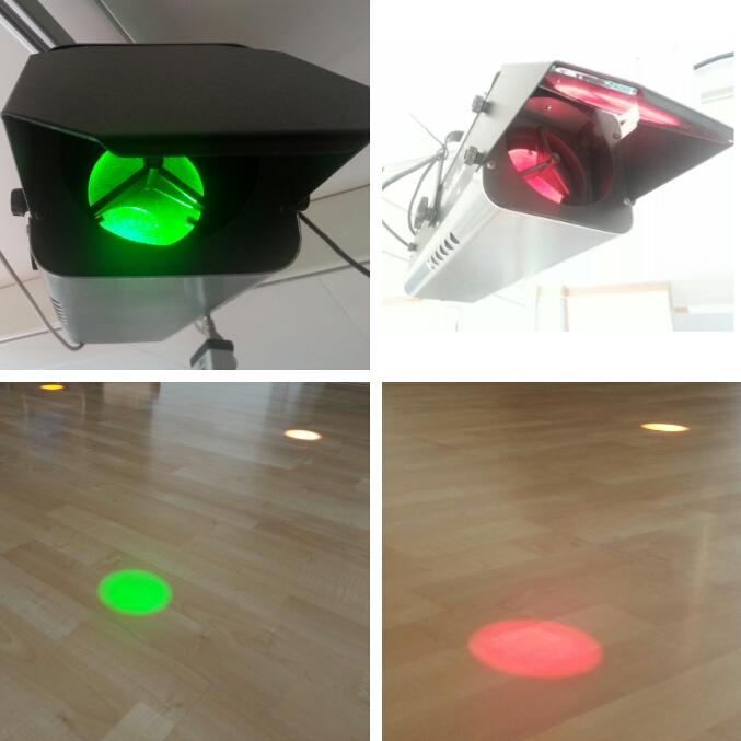Optimusic består av lyskastere som sender lysstråler ned på gulvet. Brytes strålene, vil det aktiveres lyd, video, bilder mv.