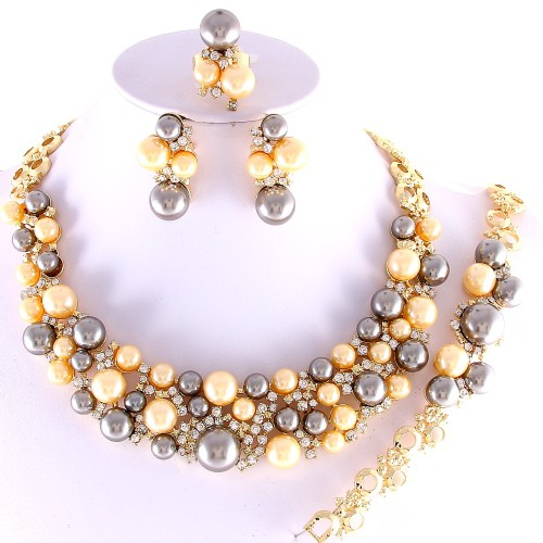 fancy-pearl-collar-gold-plated-necklace-set--aff.JPG