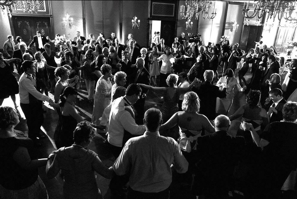 group_dancing.jpg