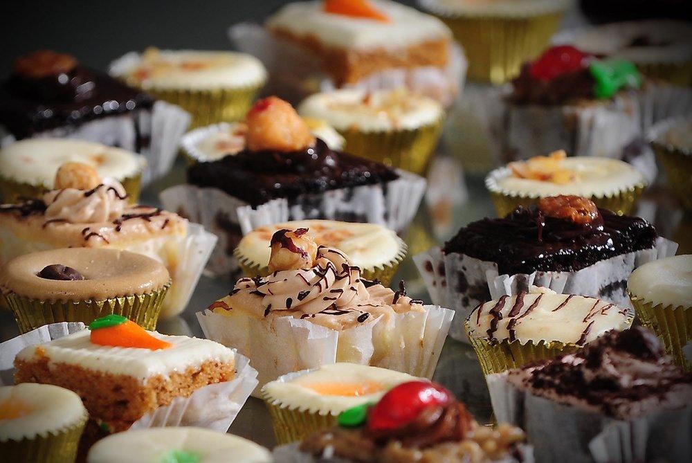 cupcakes-at-weddings