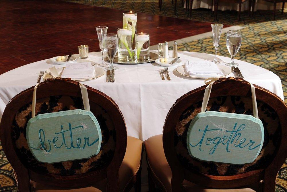 bride-groom-head-table-2.jpg
