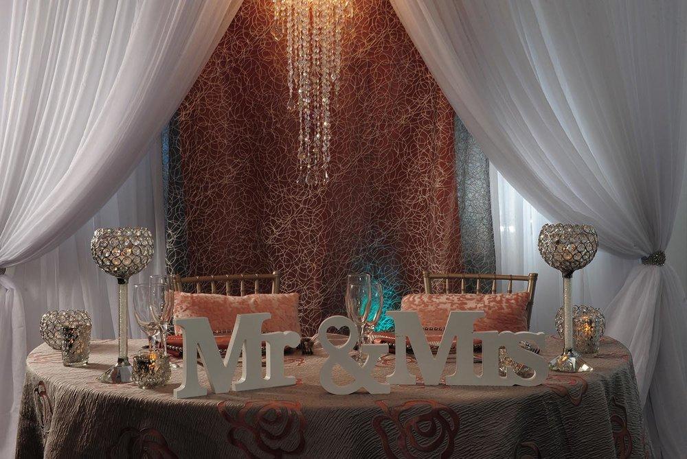 bride-groom-head-table.jpg