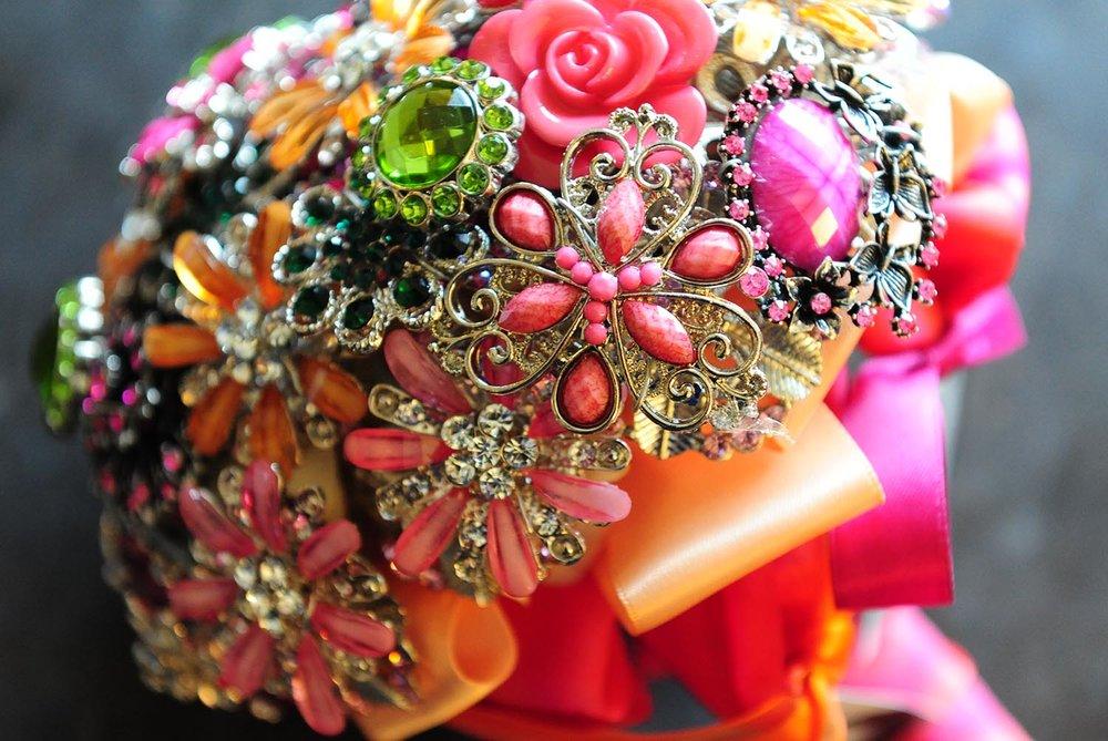 glam-wedding-boquet