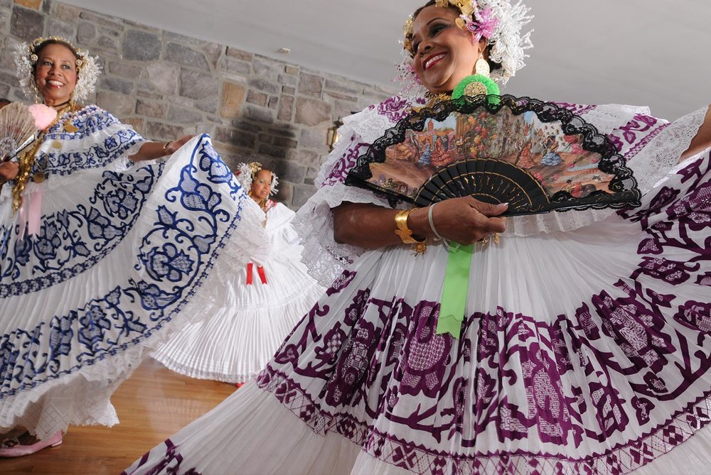 ethnic_dancers.jpg