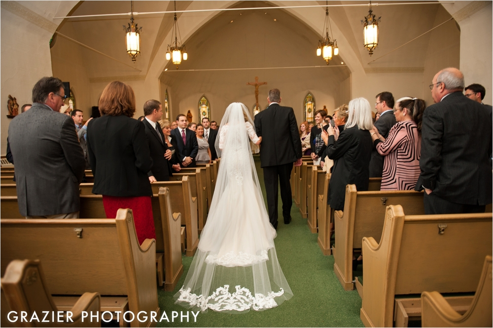 Mount-Washington-Hotel-Wedding-Grazier-Photography_0015.jpg