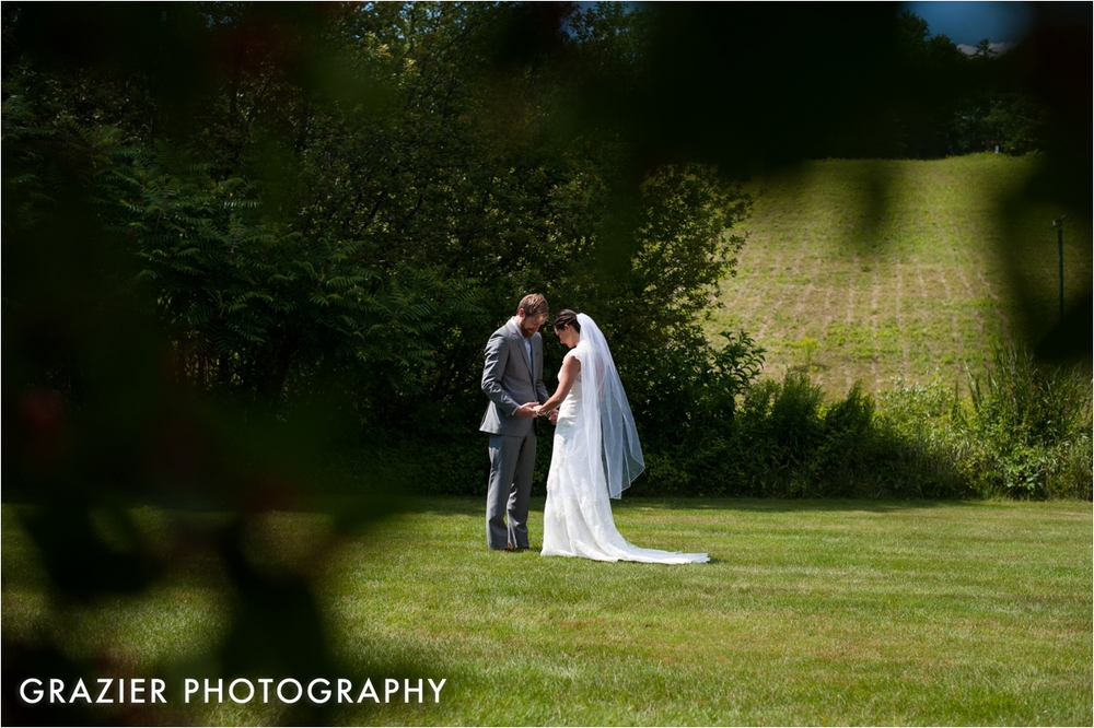 Whitneys-Inn-Jackson-New-Hampshire-Wedding-Grazier-Photography-WEB_0015.jpg
