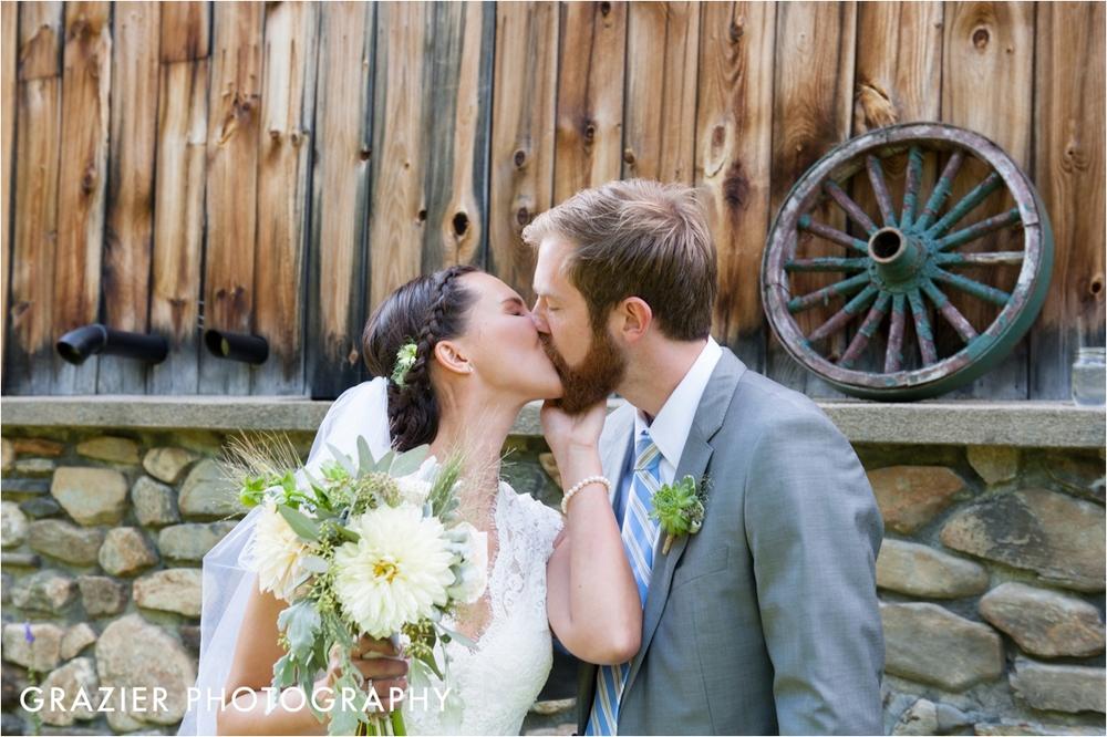 Whitneys-Inn-Jackson-New-Hampshire-Wedding-Grazier-Photography-WEB_0042.jpg