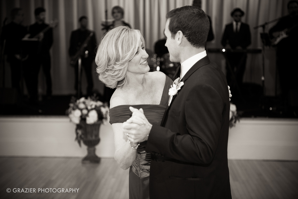 Grazier_Photography_Mount_Washington_Wedding_151017_806.jpg
